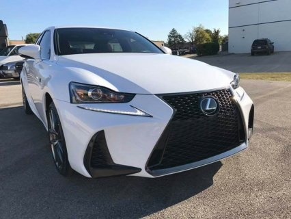 2017 Lexus IS 350 (White)
