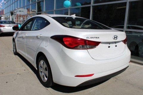 Hyundai Elantra 2016 No Accident Full Options
