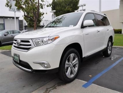 On sale: 2012 Toyota Highlander Limited