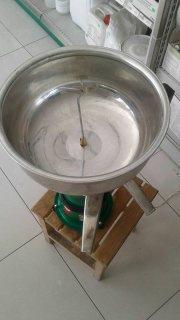 ماكينة فرز الحليب عن الدسم