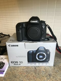 Canon EOS 5D Mark III Digital Cameras