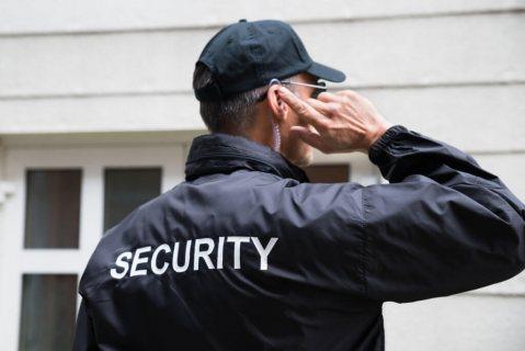 نتوفر على طاقم من حراس وحارسات أمن للإستقدام عبر شركة الأسمر