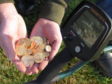 جهاز T2جهاز كشف العملات القديمة