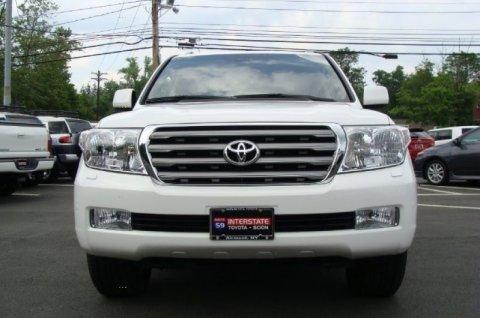 المزاد! Toyota Land Cruiser (SUV)