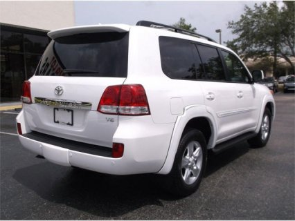صور TOYOTA LAND CRUISER 2011 SUV 2