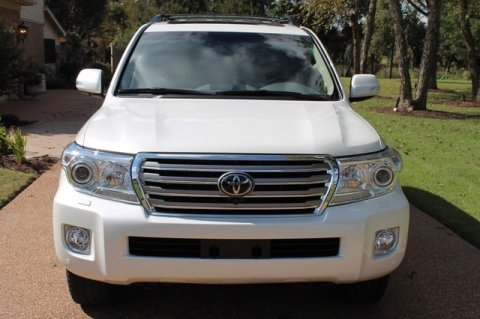 Used 2013 Toyota Land Cruiser 4WD – GCC SPECS