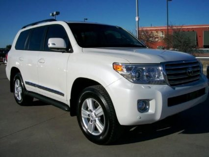 MY TOYOTA LAND CRUISER 2013 V8 FOR SALE