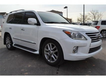 Fairly Used 2014 Lexus LX570 Like New