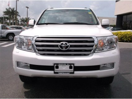 صور TOYOTA LAND CRUISER MODEL 2011 1