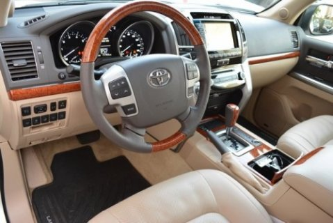 Used 2014 Toyota Land Cruiser Base SUV 4×4