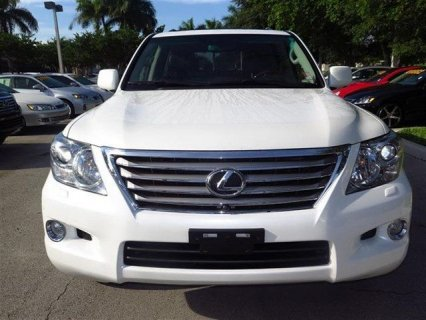 LEXUS LX 570 2011 WHITE COLOR
