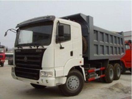 dump truck       شاحنه  sino  المعروفه    حمولة  18 متر   50  طن