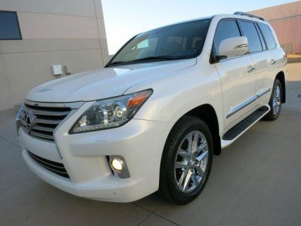 MY LEXUS LX 570 2013 ( GULF SPECS) FOR SALE.