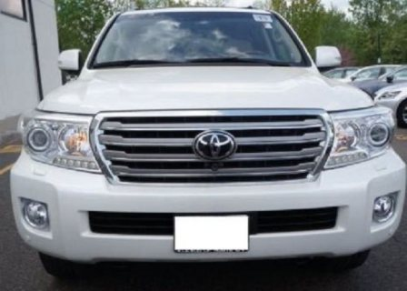 TOYOTA LAND CRUISER - GXR 2013