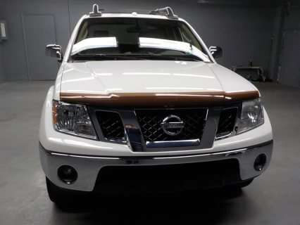2010  Nissan Frontier LE Crew Cab LWB 4W For sale.