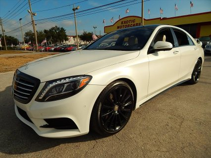 2016 Mercedes-Benz S-Class - S550 4dr Sedan......whatsapp +2347016929123