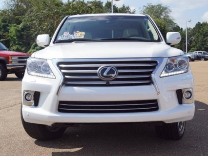 For sale 2014 Lexus LX 570 SUV WhatsApp.+2349077733480